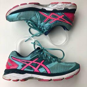 Asics Womens GT 2000 Running Shoe size 7.5